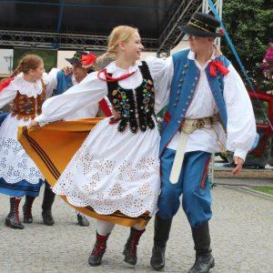 VIII Opolski Jarmark Folkloru na kluczborskim rynku.